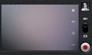フルスクリーンのビデオ録画画面